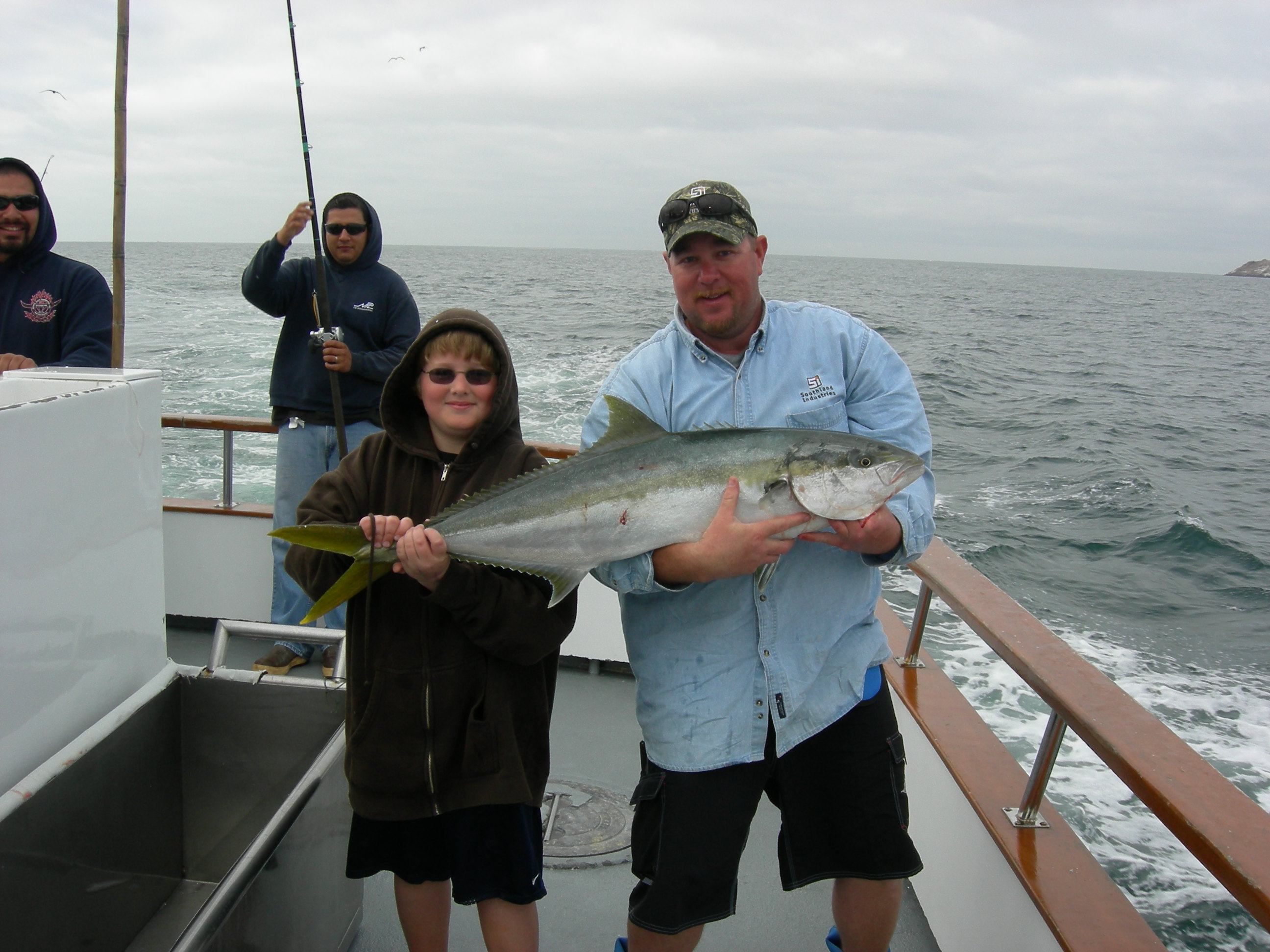 Legend sportfishing 976 tuna the original leader in fish for Seaforth landing fish report