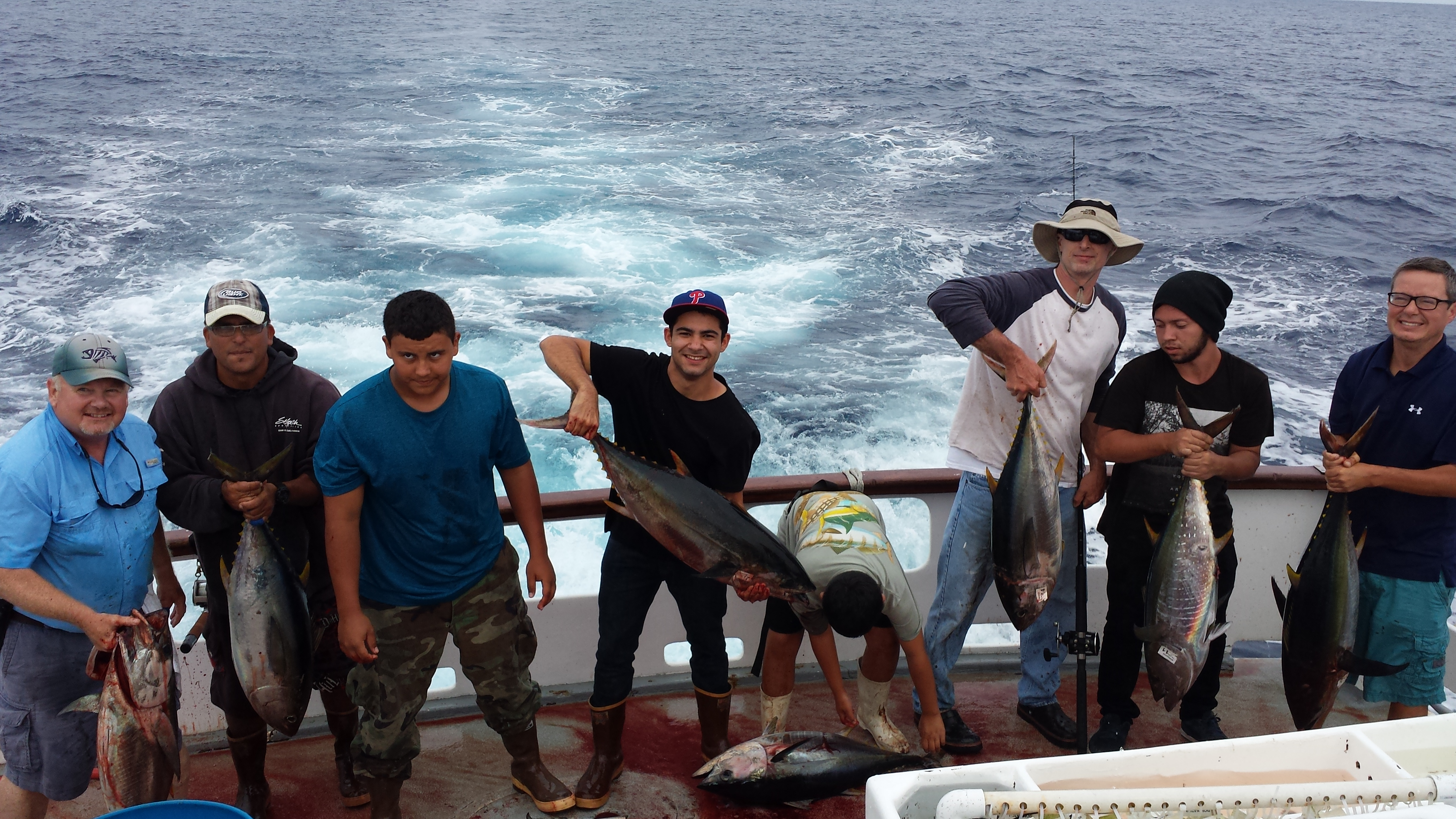 Dominator 1 day report 976 tuna the original leader in for Point loma fishing report